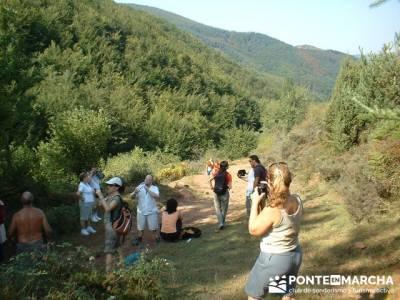 hayedos y pueblo abandonado de Turza; club montañismo madrid; excursiones alrededores madrid